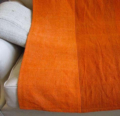 deperno-orange-blanket