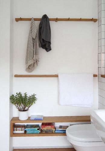 Design Sleuth Shaker Peg Rail In The Bath Remodelista