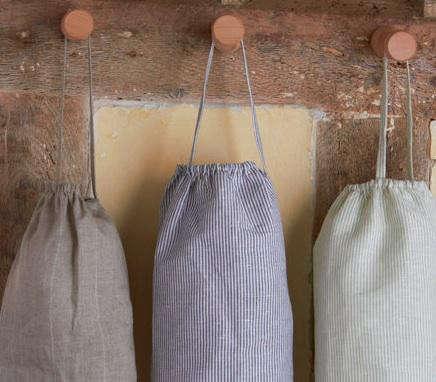 linen-works-peg-aprons