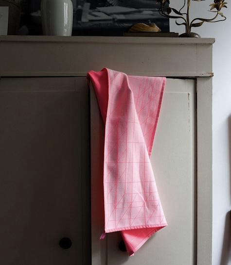 pink-hay-tea-towel