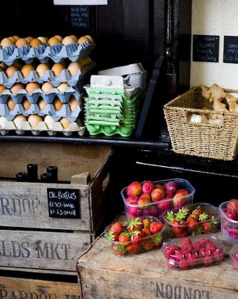 unpackaged-strawberries