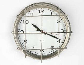 urban-outfitters-clock-7