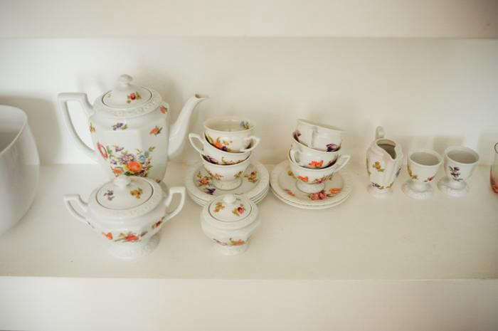 700_andre-ines-tea-cups