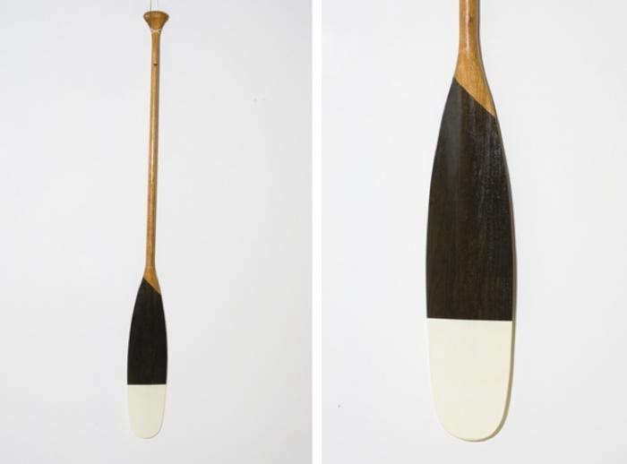 700_brown-white-paddle-contact