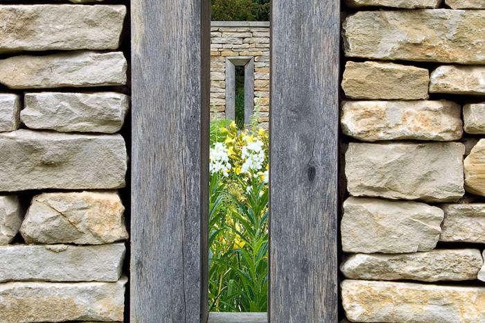 700_dan-pearson-garden-4-jpeg