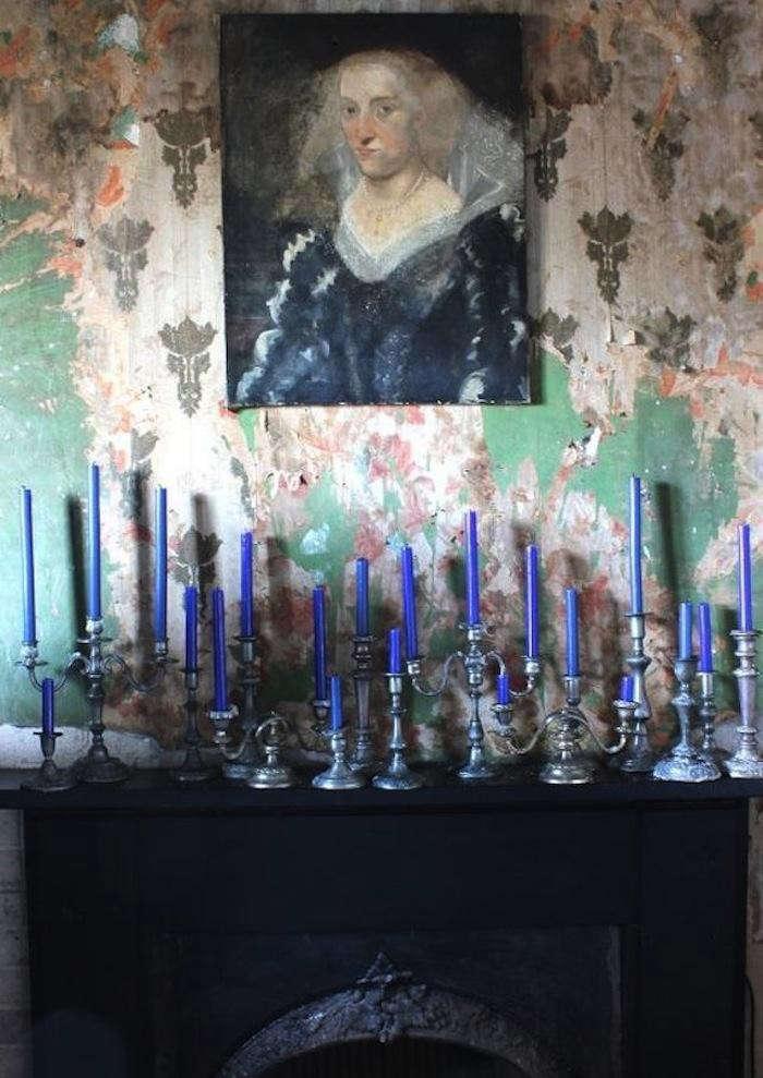 700_dc-debra-cronin-blue-candlesticks