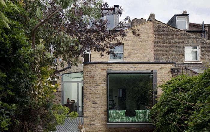 700_elrington-road-brick-exterior