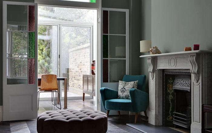 700_elrington-road-living-room