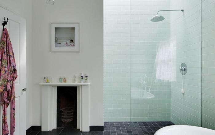 700_elrington-road-shower-2