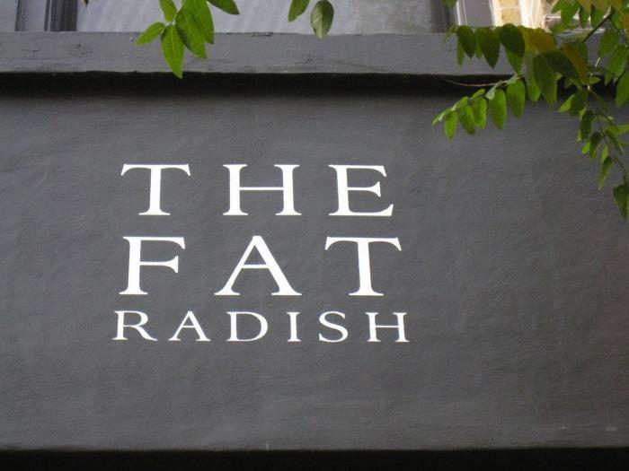 700_fat-radish-outdoor-sign
