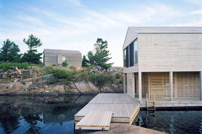 700_floating-house-lake-huron-deck