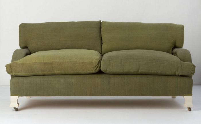 700_green-sofa-anthropologie