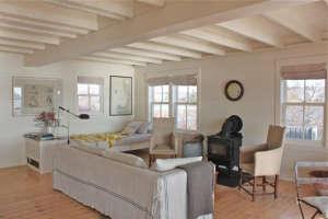 living room at harbor cottage