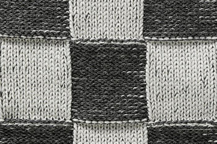 700_liset-van-der-scheer-knitted-apron-2