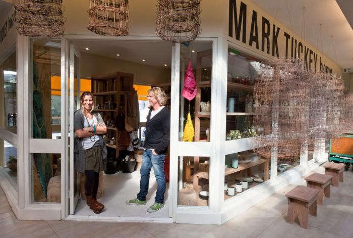 700_mark-tuckey-store-him-and-wife