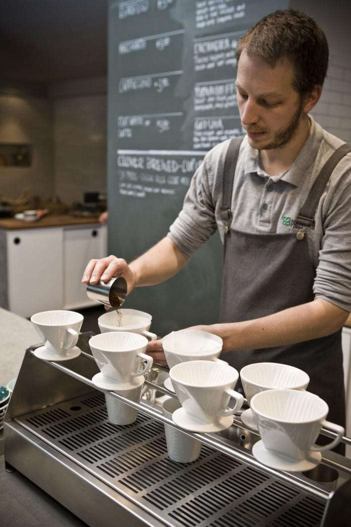 700_market-lane-drip-coffee-barista