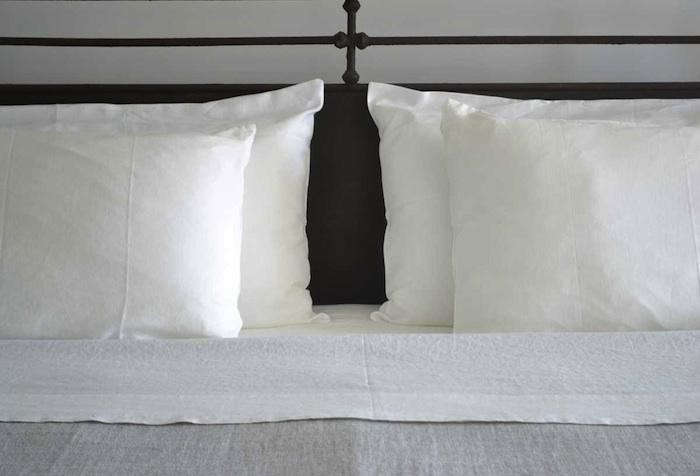 700_rough-linen-smooth-white-slips