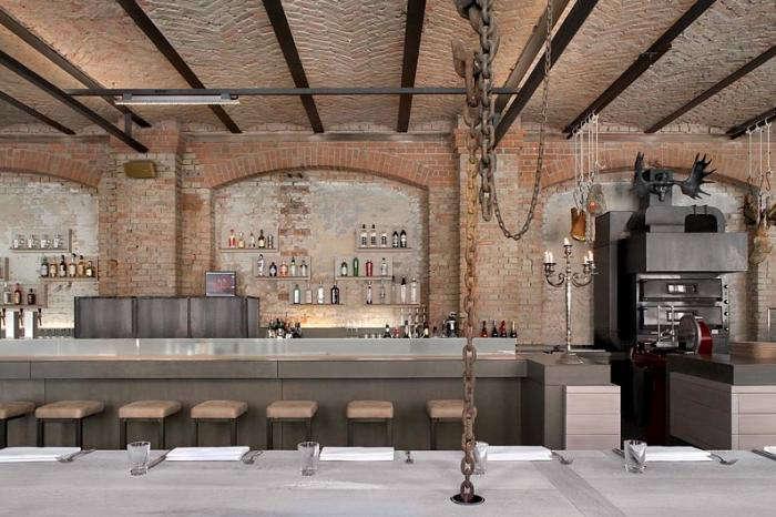 sage restaurant industrial chic in berlin remodelista. Black Bedroom Furniture Sets. Home Design Ideas