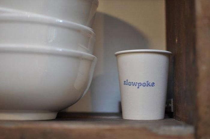 700_slow-poke-coffee-cup-and-bowls