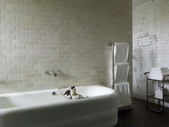 700_soho-berlin-rough-bath-10