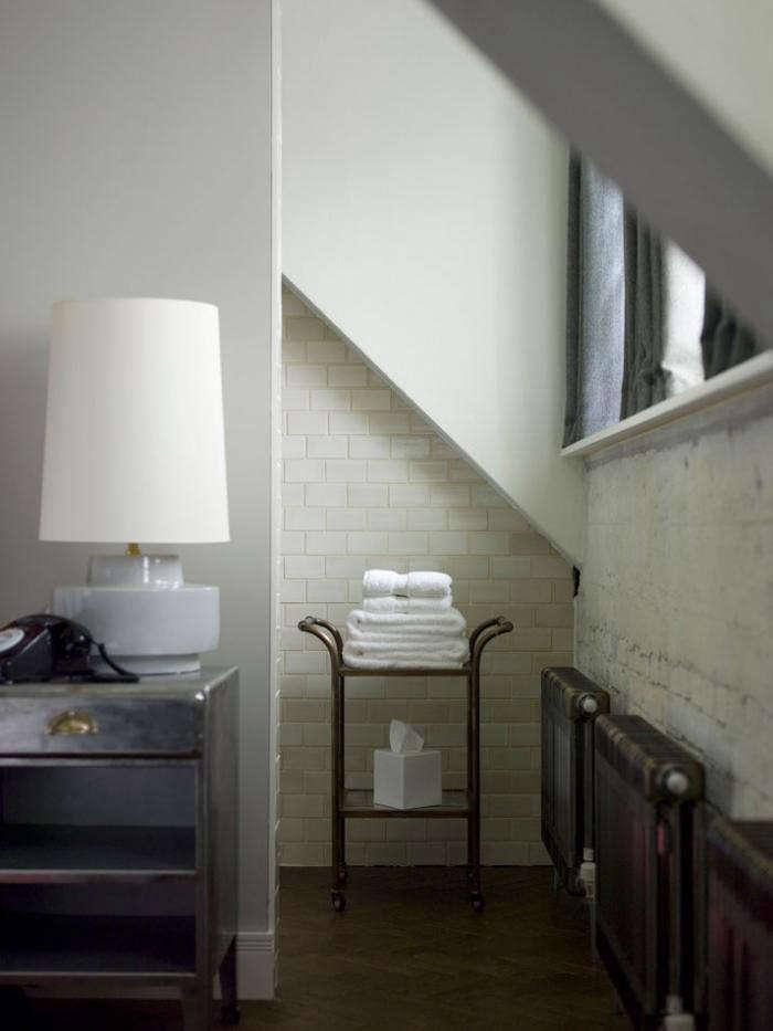 700_soho-house-bathroom