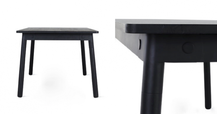 700_two-adaptable-tables-next-to-each-other