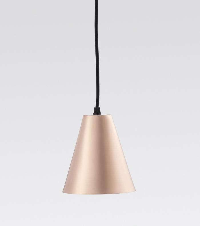 700_workroom-copper-triangle-lamp