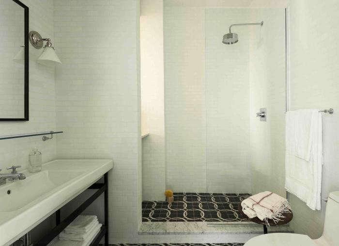 700_wythe-bathroom-2