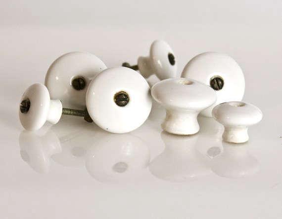 vintage-porcelain-knobs-paxton
