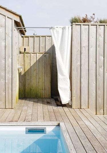 kjerstis-lykke-outdoor-shower