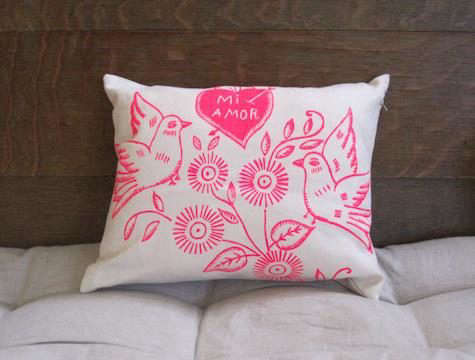 mi-amor-pillow-maude