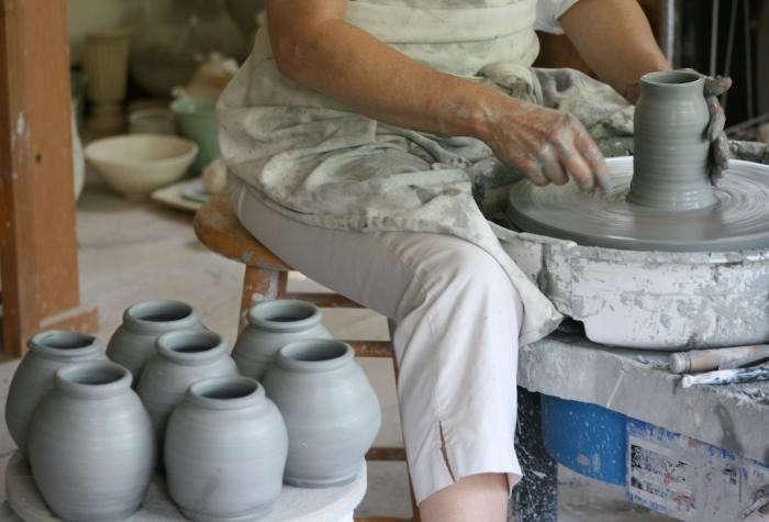 700_15-frances-palmer-pottery-2-193aremodelista