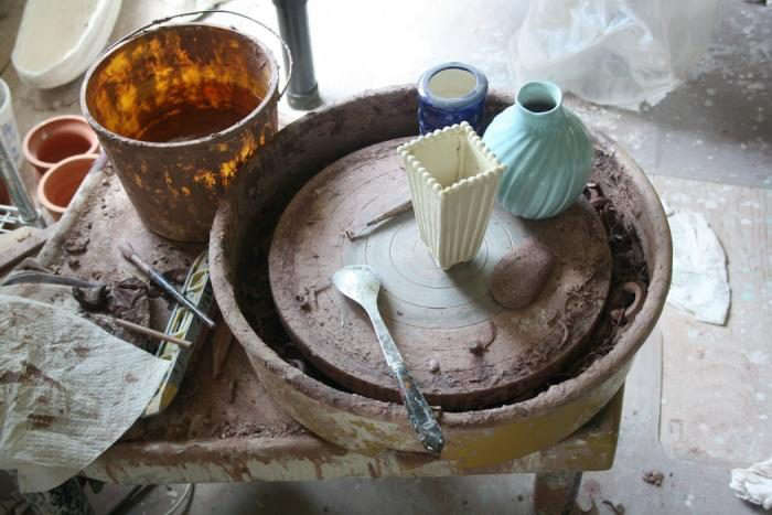 700_19-frances-palmer-pottery-2-151remodelista