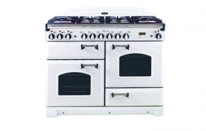 700_aga-white-stove-2-cooktop