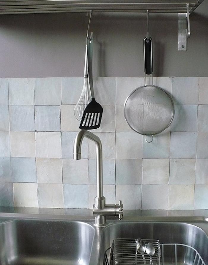 700_agnes-ka-backsplash-tiles-kitchen