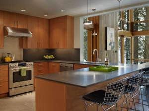 DeForest-Architects-Lake-Wenatchee-kitchen-Douglas-fir-cabinets-Caesar-stone