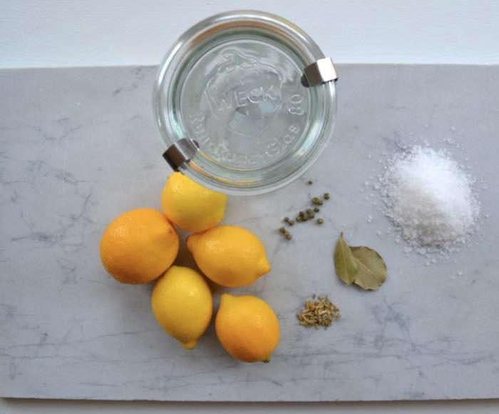 700_diy-preserved-lemons-jar
