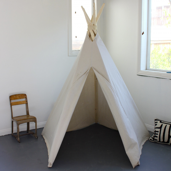 700_house-in-habit-teepee