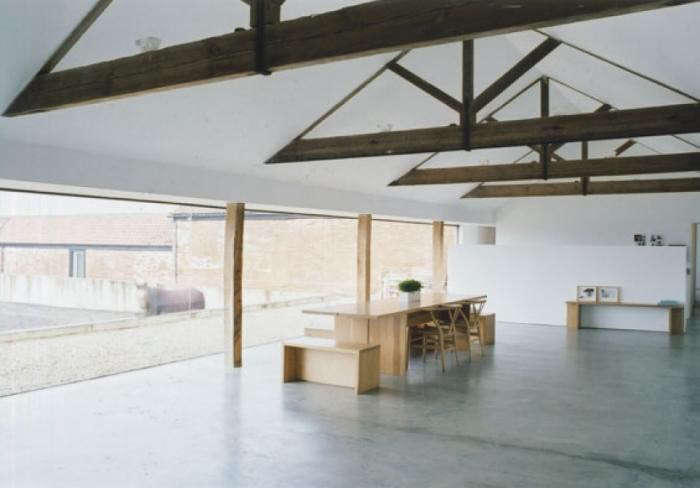 700_pawson-barn-dining-table