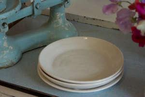 Rachel-Dormer-vintage-scale-white-ceramic-pasta-bowls