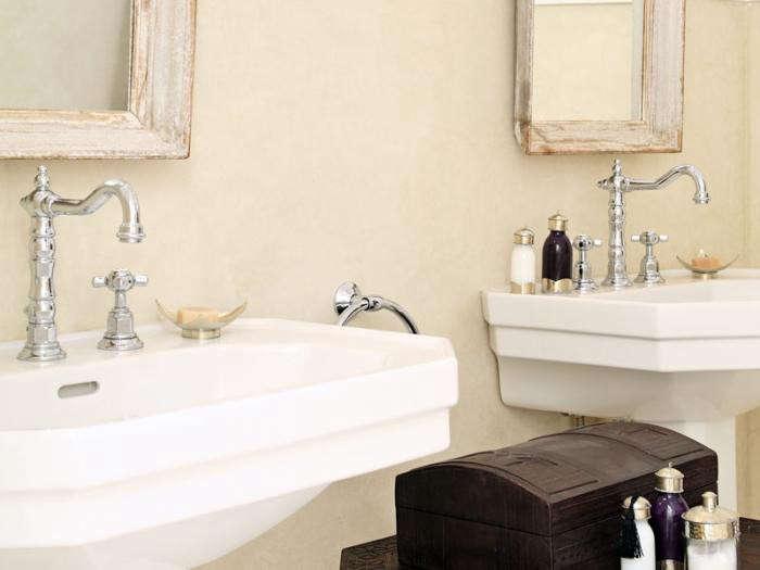 700_riad-dix-neuf-bathroom