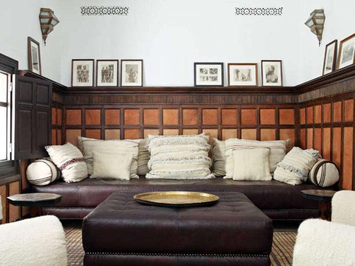 700_riad-dix-neuf-living-lounging-area