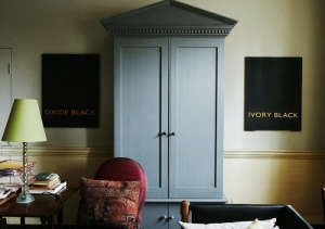 Marianna-Kennedy-Spitalfields-house-private-office-hand-painted-black-signs