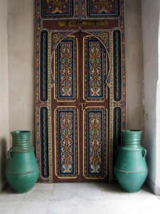 Nord-Pinus-Tanger-Anne-Igou-hand-painted-leather-doors