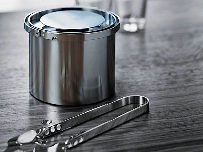 aj-cylinda-ice-bucket-in-situ