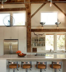 Heritage-Barns-white-kitchen-exposed-timber-structure