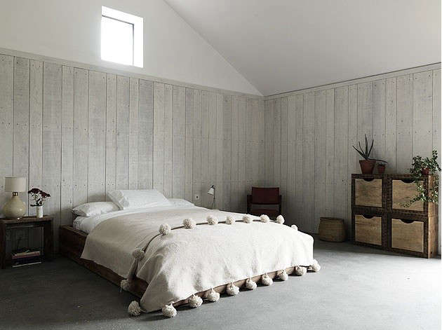stable-acre-bedroom-10