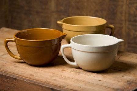 americana_general_stoneware_batter_bowl_1