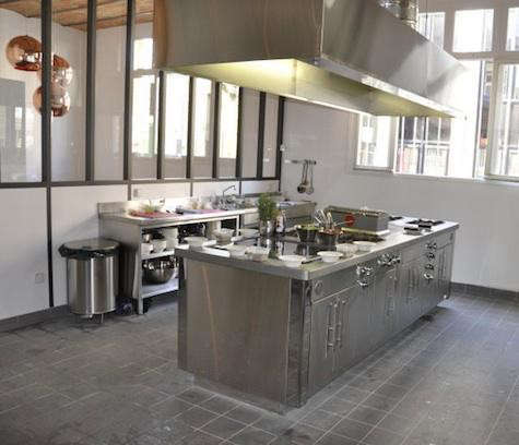 french-kitchen-restaurant-stainless-stove