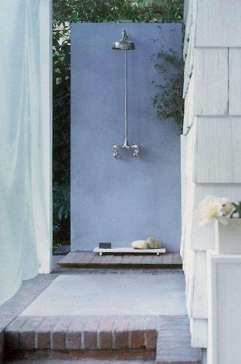 michaela-scherrer-outdoor-shower